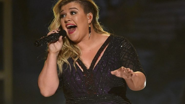 Are you Ready to See Kelly Clarkson?